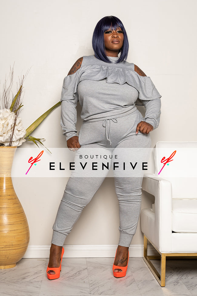 "Plus Size ""Cut Me Some Slack"" Cold Shoulder Jogging Set - Heather Gray"