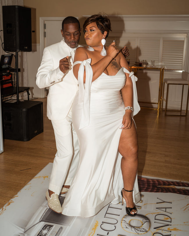 """Walk Me Down The Aisle"" Wedding Dress Gown - Off White"
