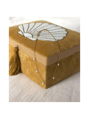 A-La Velvet box with Shell in beads - 1love2hugs3kisses Ibiza