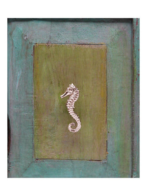 Doing Goods Pippa Seahorse door Knob Right - 1love2hugs3kisses Ibiza