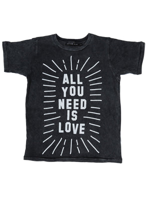 Zuttion T-shirt All You Need Is Love