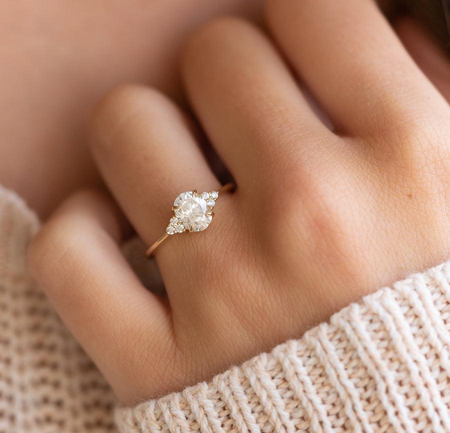 Popular Oval Engagement Rings