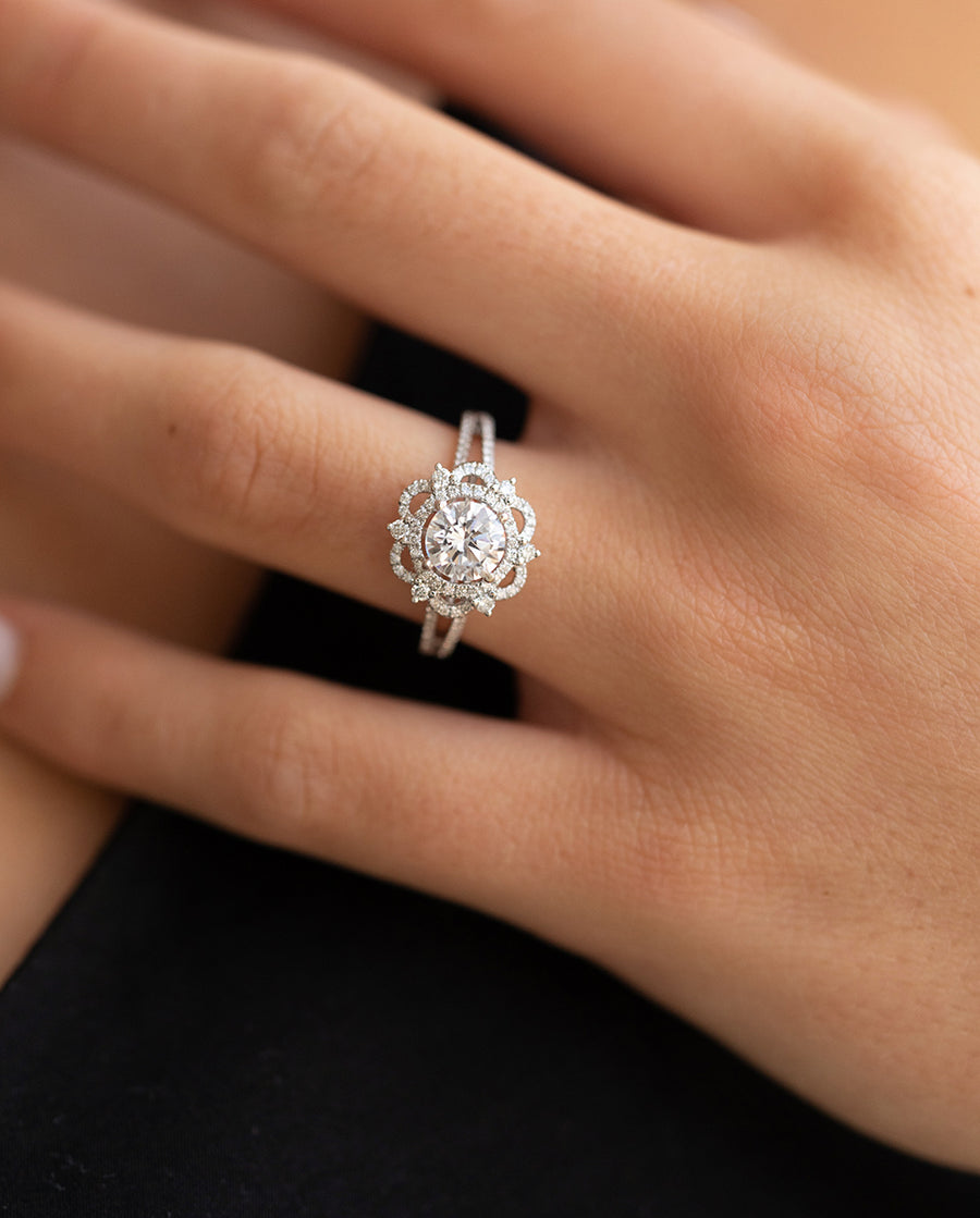 Popular Vintage Engagement Rings