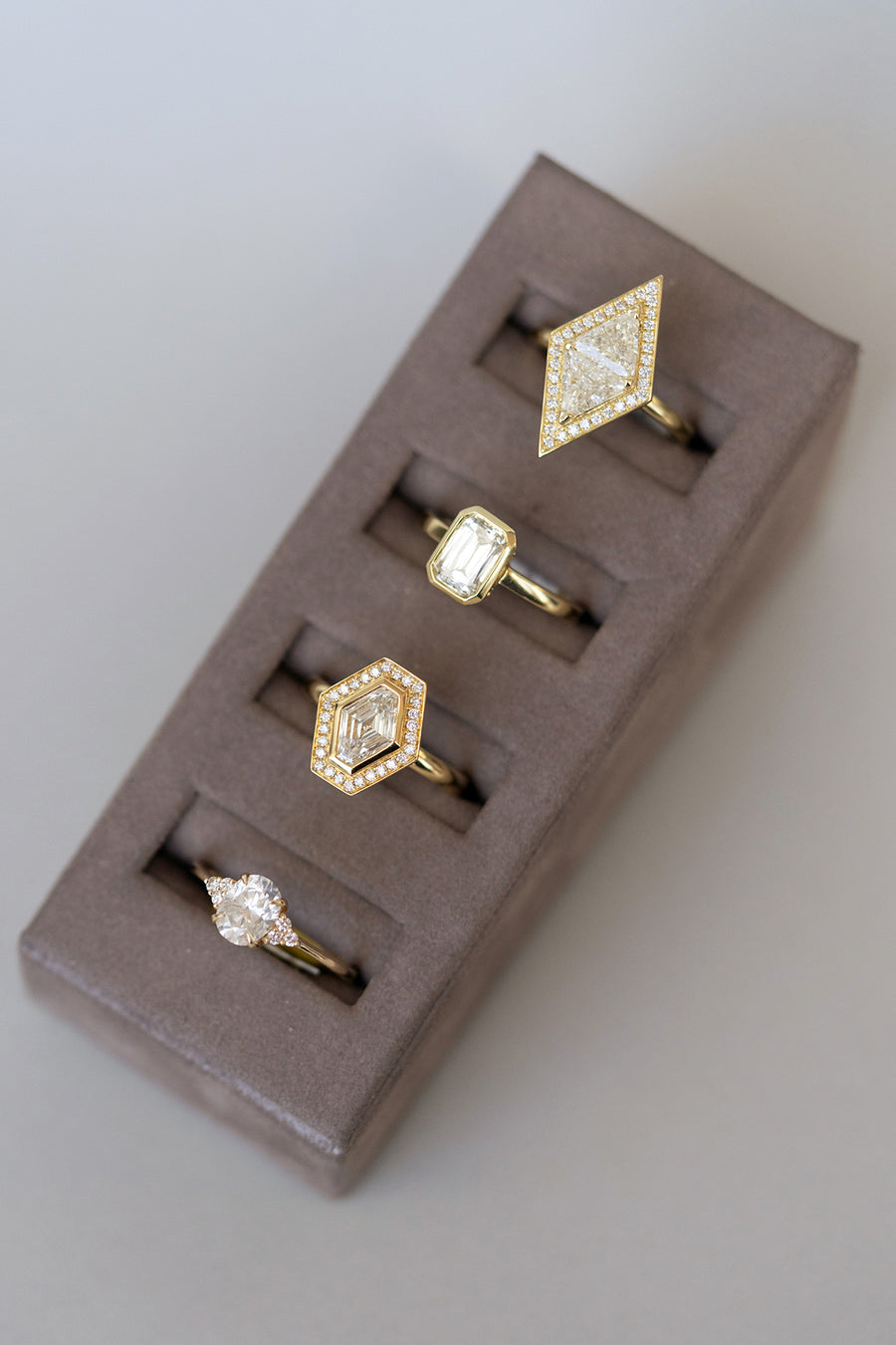 Geometric Diamond Rings