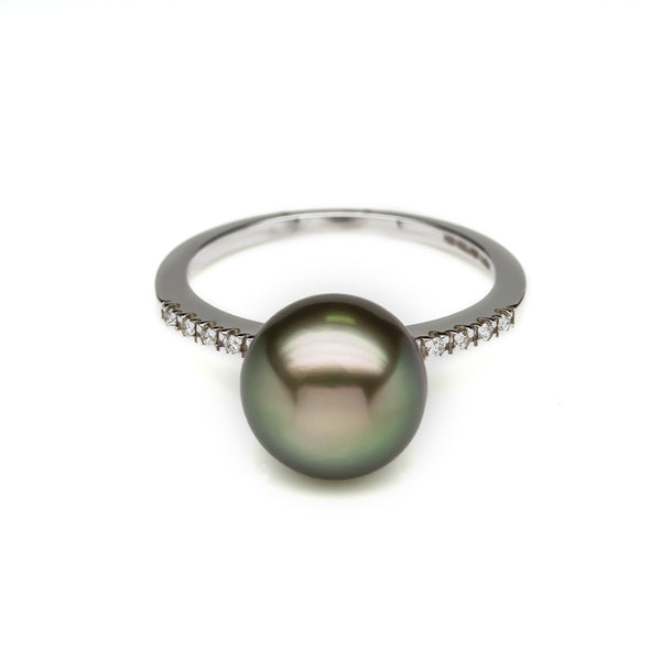 Grey Pearl and Diamond Ring