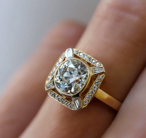 Single Stone Engagement Ring