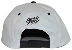<!--020120626046405-->Rocksmith - 'Ninja Crest' [(White) Snap Back Hat]