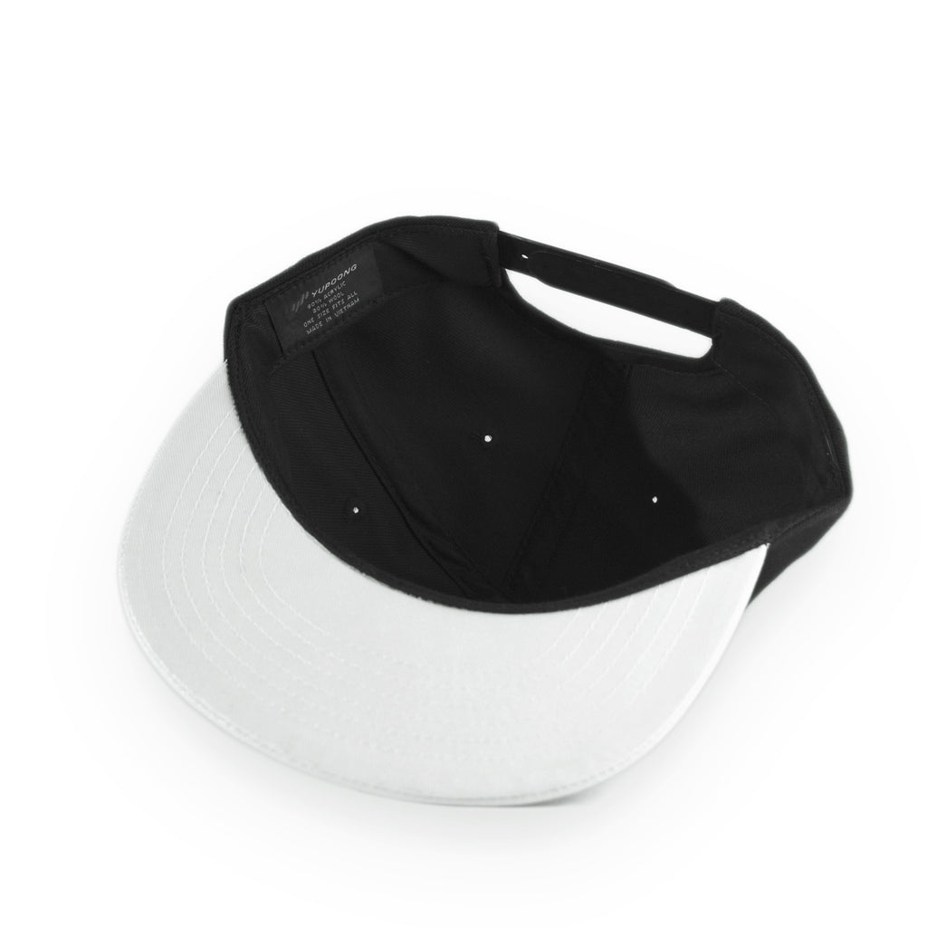 <!--020130219054162-->Akomplice x Hieroglyphics - 'Hiero x AK Hyperlight - White' [(Black) Snap Back Hat]