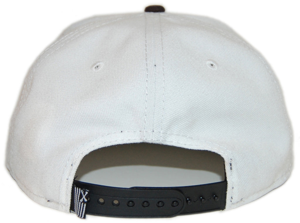 <!--020130305054413-->Dissizit! - 'LAX - Black' [(White) Snap Back Hat]