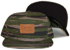 <!--2012032053-->Durkl - 'Brush Camo - Green' [(Camo Pattern) Snap Back Hat]