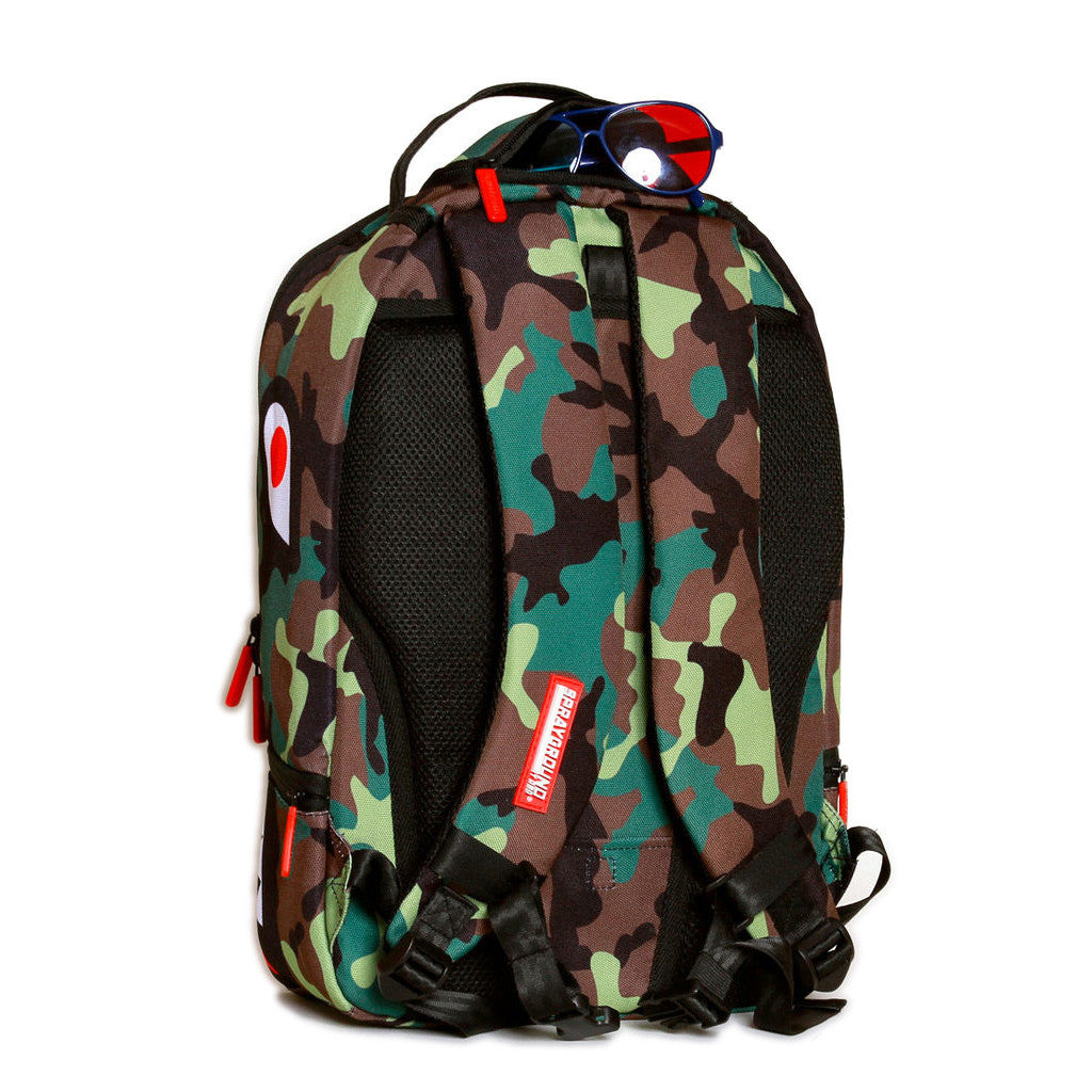 <!--020130108053138-->Sprayground - 'Camo Shark' [(Camo Pattern) Backpack]