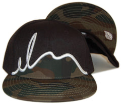 <!--2012101633-->Elm - 'Script - Camo' [(Black) Fitted Hat]
