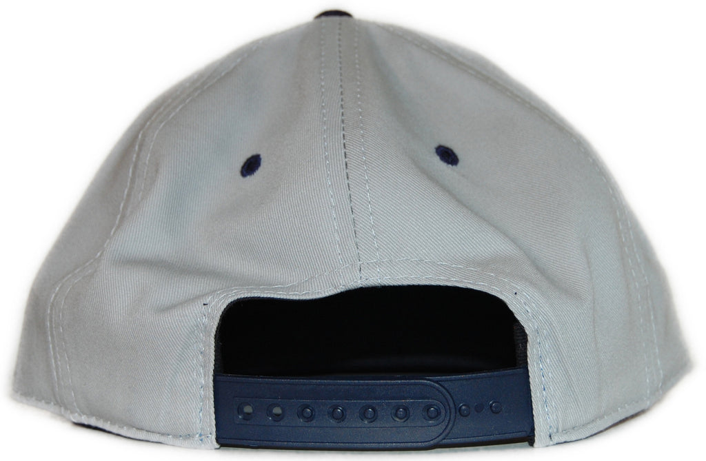 <!--020111018037117-->Elm - 'Collegiate' [(Light Gray) Snap Back Hat]