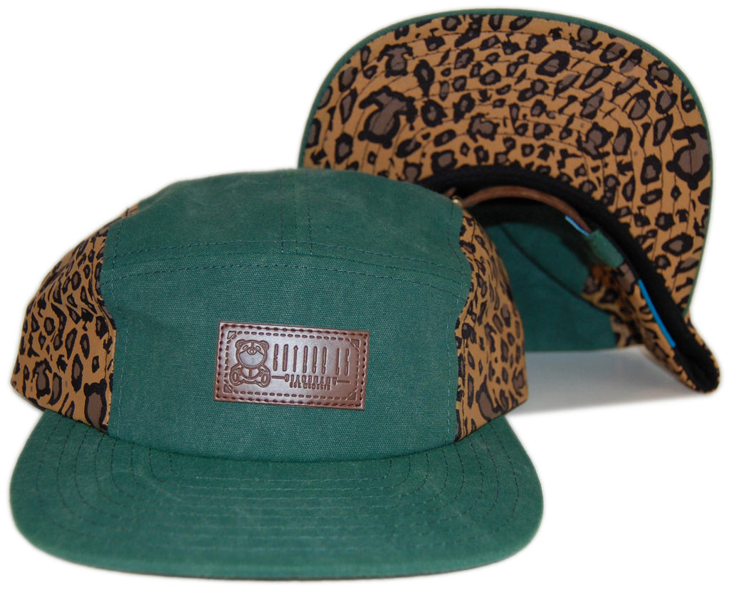 <!--020121204052409-->Entree - 'Washed Canvas Leopard' [(Green) Five Panel Camper Hat]