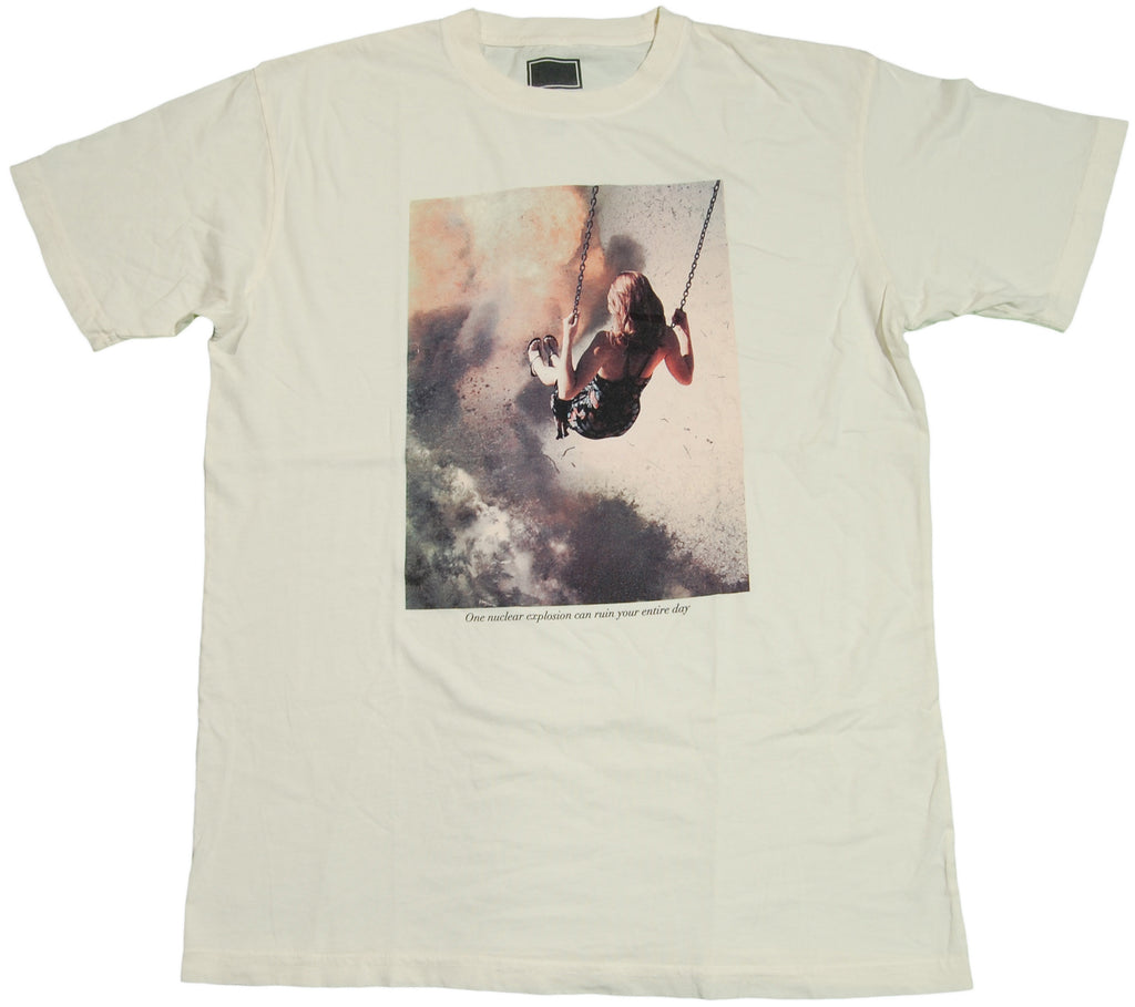 <!--2011071210-->Freshjive - 'Swing' [(Natural) T-Shirt]