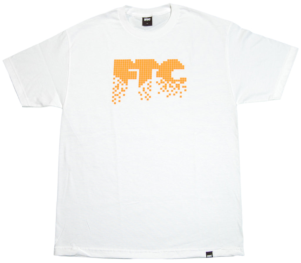 <!--2012022127-->FTC - 'Pixel' [(White) T-Shirt]