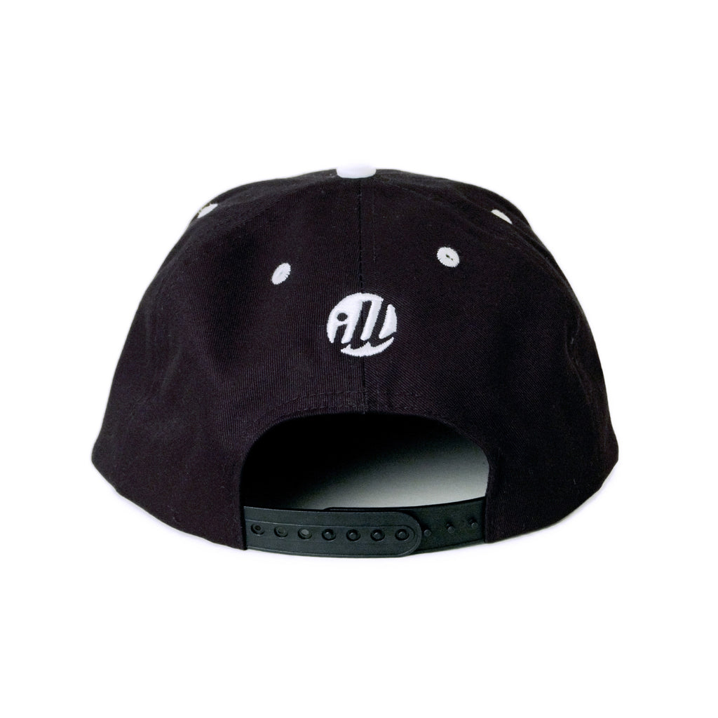 <!--2014040812-->illest - 'Team' [(Black) Snap Back Hat]