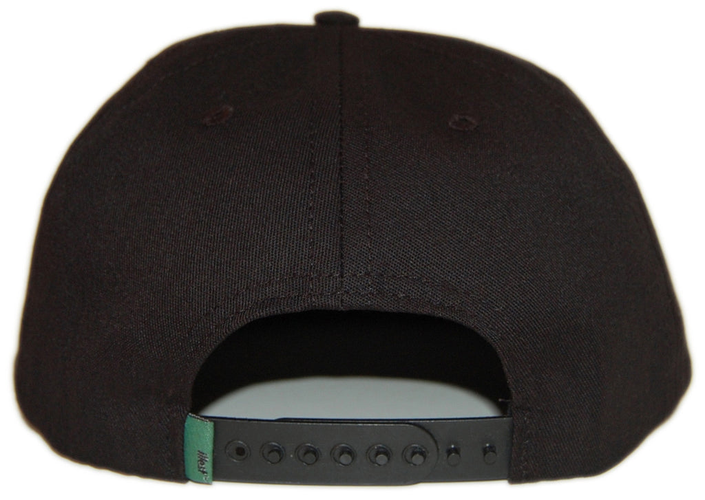 <!--2012121827-->illest - 'Bold' [(Black) Snap Back Hat]