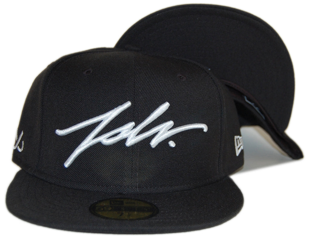 <!--2012072455-->JSLV - 'Signature' [(Black) Fitted Hat]