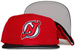 <!--020111213039034-->Mitchell & Ness x NHL - 'New Jersey Devils: Vintage NHL Logo' [(Red) Snap Back Hat]