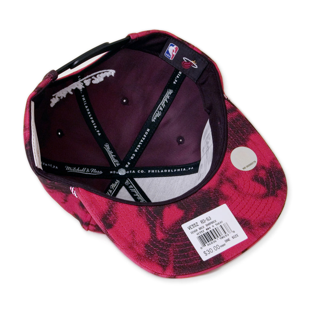 <!--020141009066237-->Mitchell & Ness x NBA - 'Miami Heat - Denimback 2-Tone' [(Red) Snap Back Hat]
