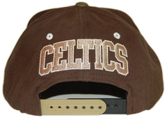 <!--020121016050315-->Mitchell & Ness x NBA - 'Boston Celtics - NBA Hardwood Classics Clay Snapback' [(Light Gray) Snap Back Hat]
