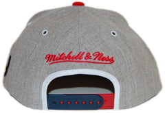 1b4b18e8f Mitchell   Ness x NFL. New York Giants - NFL Throwback Basic Arch Road Gray 2  Tone Snapback