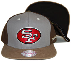 <!--020121016050297-->Mitchell & Ness x NFL - 'San Francisco 49ers - NFL Throwback Clay Snapback' [(Light Gray) Snap Back Hat]
