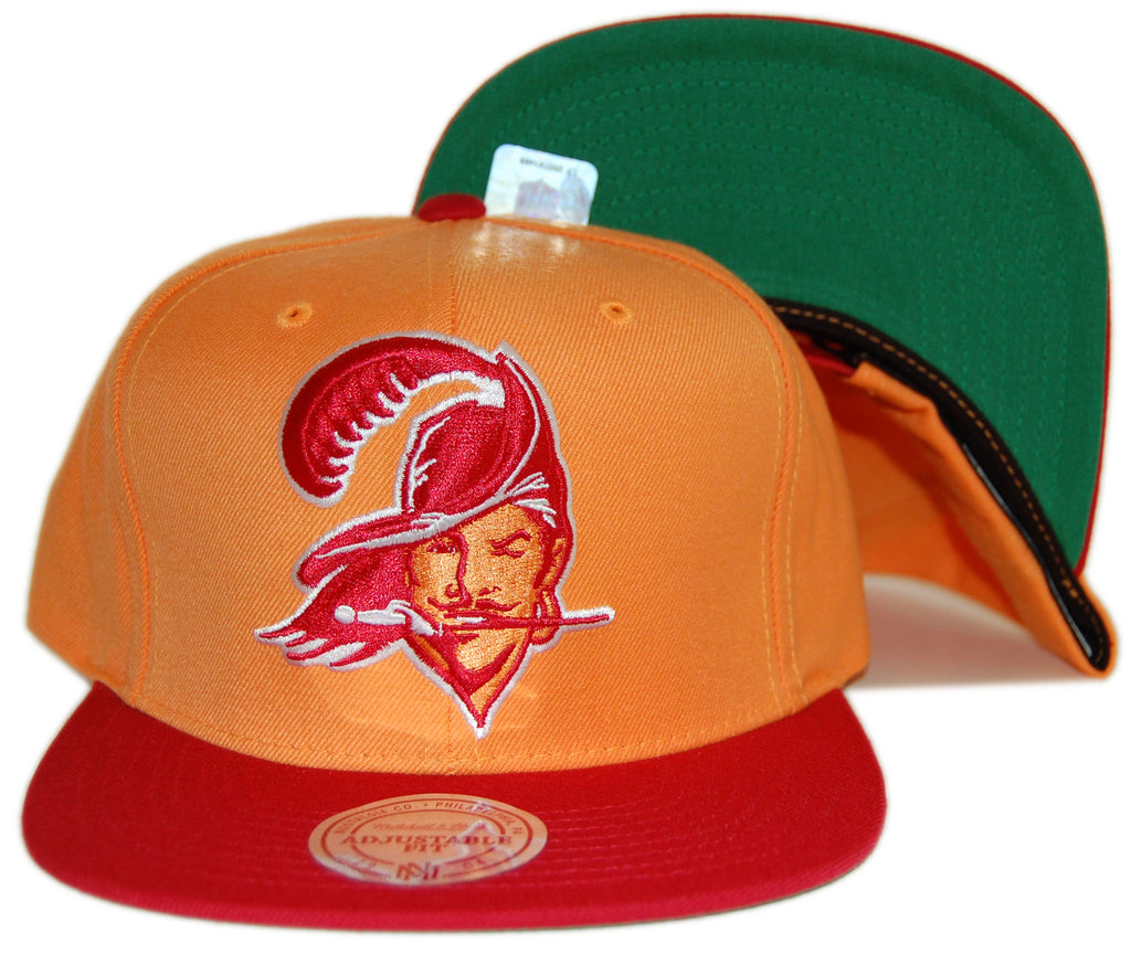 <!--020120821048159-->Mitchell & Ness x NFL - 'Tampa Bay Buccaneers - NFL Throwbacks XL Logo 2 Tone' [(Light Orange) Snap Back Hat]