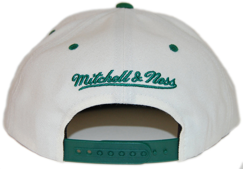<!--020130416055809-->Mitchell & Ness x NBA - 'Boston Celtics - NBA Script Tailsweeper' [(White) Snap Back Hat]