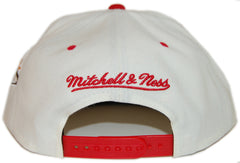 <!--020130416055804-->Mitchell & Ness x NBA - 'Miami Heat - NBA Script Tailsweeper' [(White) Snap Back Hat]