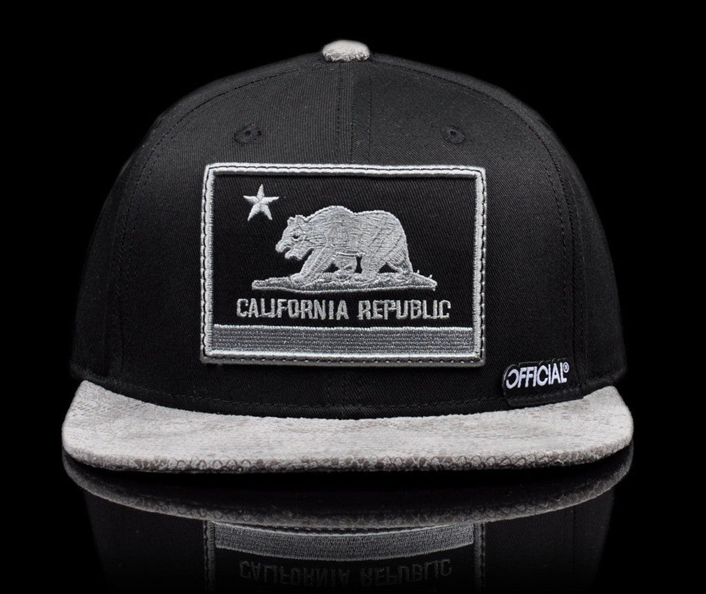 <!--020140808065108-->Official - 'Cali Nation Snakes' [(Black) Snap Back Hat]