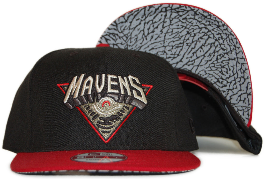 <!--020111122038211-->Secret Society - 'Mavens' [(Black) Snap Back Hat]