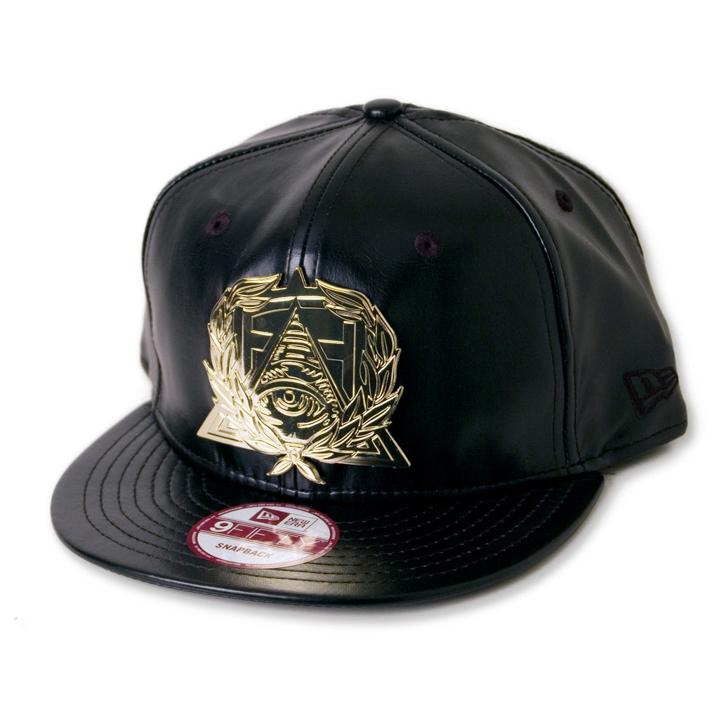 <!--020141216067801-->Secret Society - 'Medallion' [(Black) Snap Back Hat]