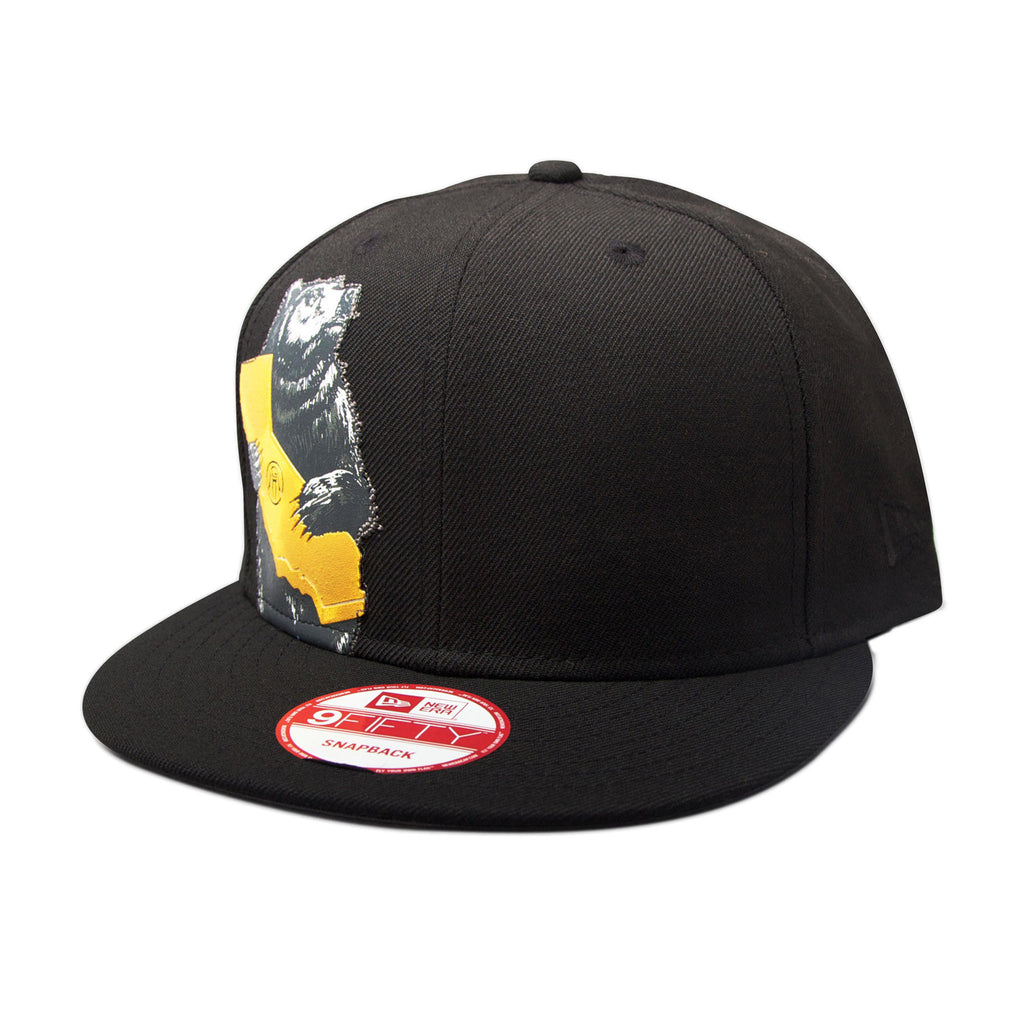 <!--020140605064094-->Upper Playground - 'Cali Bear' [(Black) Snap Back Hat]