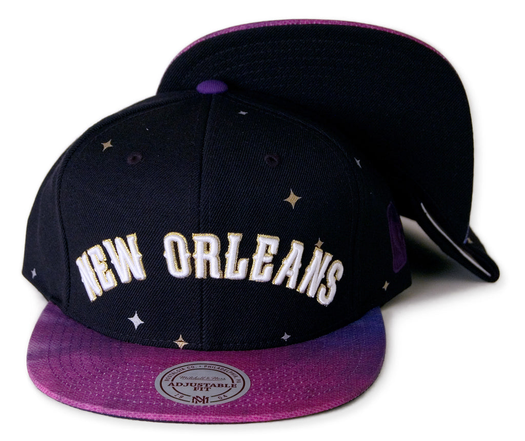 <!--020140117062190-->Mitchell & Ness x NBA - 'NBA All-Star 2014, New Orleans Pelicans - Wordmark' [(Black) Snap Back Hat]