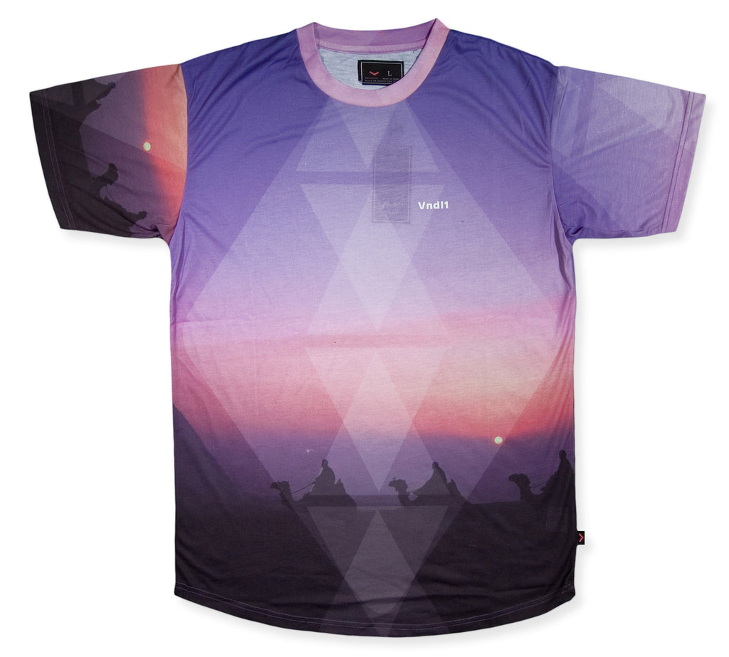 <!--2014031810-->Vandal Collective - 'Lost Pyramids' [(Multi-Color) T-Shirt]