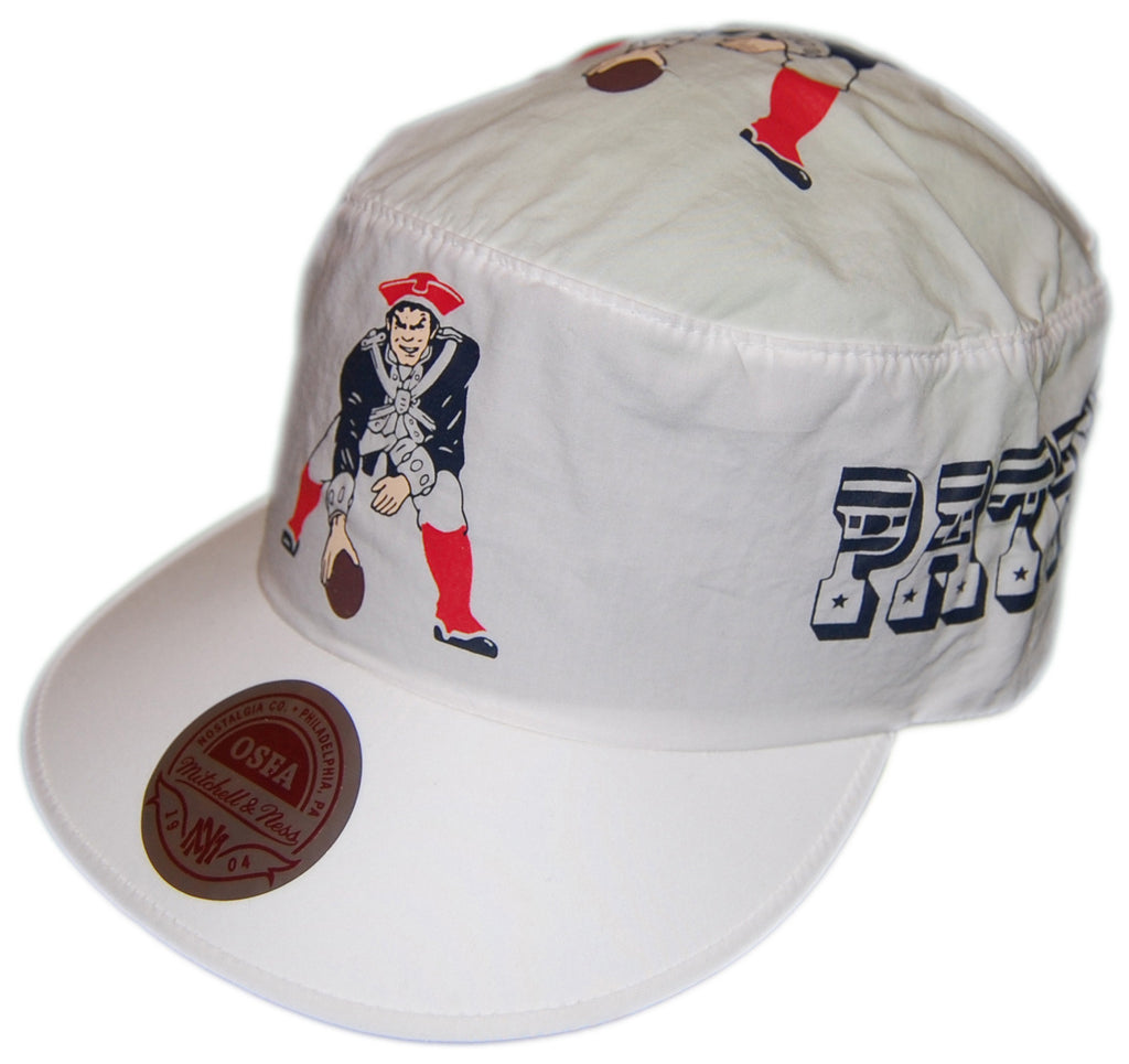 <!--020130305054262-->Mitchell & Ness x NFL - 'New England Patriots - Throwbacks Painter's Cap' [(White) Painter Hat]
