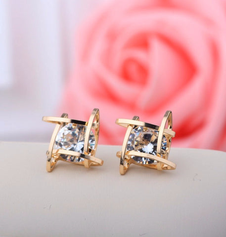Elegant Crystal Stud Earrings - *FREE SHIPPING*