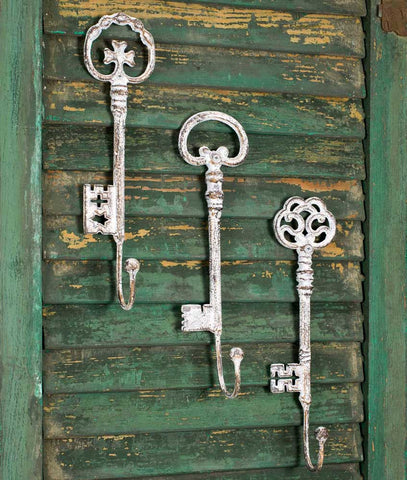 Shabby Chic Vintage Set of Three Oversize Key Hooks - *FREE SHIPPING*