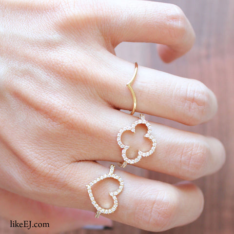 AweSome Style Lovely Crystal Cutout Cocktail Gold Goregeous Bling Delicate Big Clover Ring