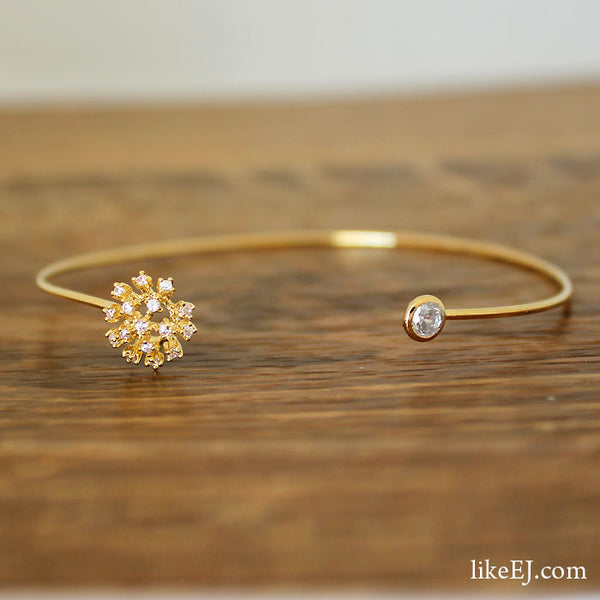 Beautiful Floral Bangle - LikeEJ - 1