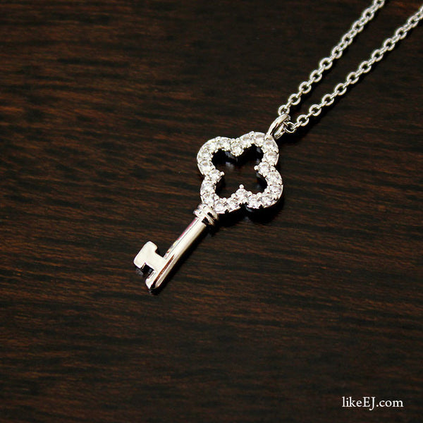 Lovely Key Necklace - LikeEJ