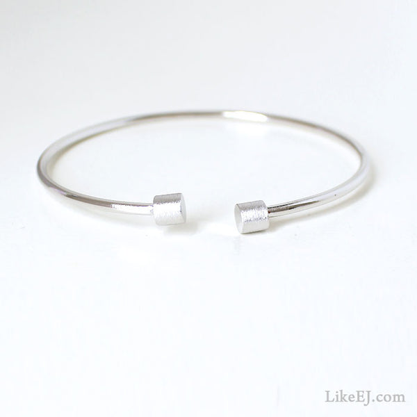 Simple Love Bar Bracelet - LikeEJ - 1