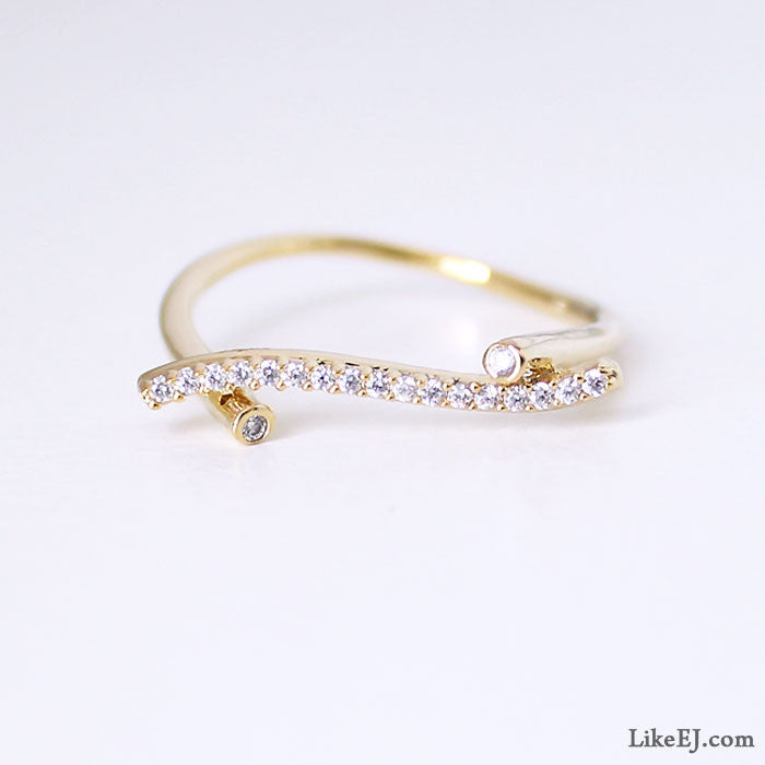 Gorgeous Crystal Bar Ring - LikeEJ - 1