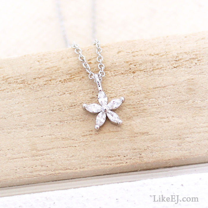 Tiny Floral Necklace - LikeEJ - 1