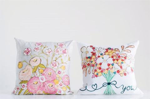 Pillow w/Flower Bouquet