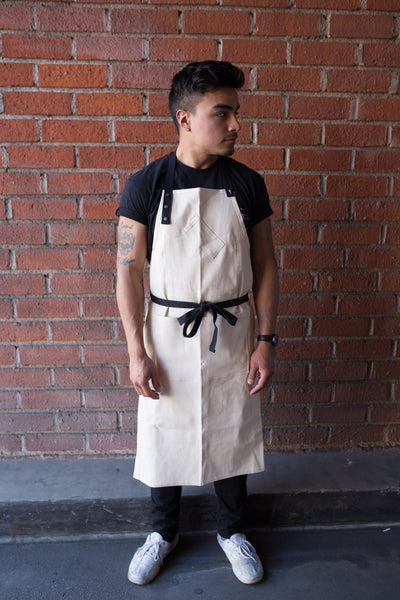 Cork District Apron Off-White with Black Tie