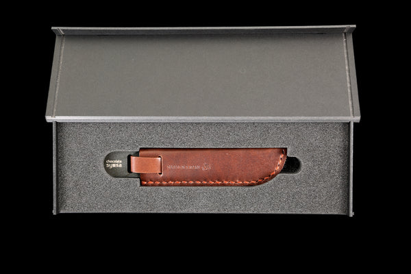 Chocolate Knife Black with Brown Leather Case
