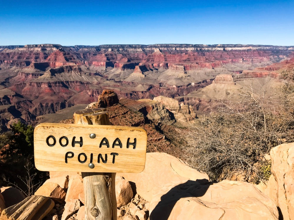 Hike below the canyon rim to Ooh Aah Point for breathtaking views!